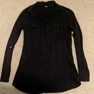 Long sleeved collared shirt